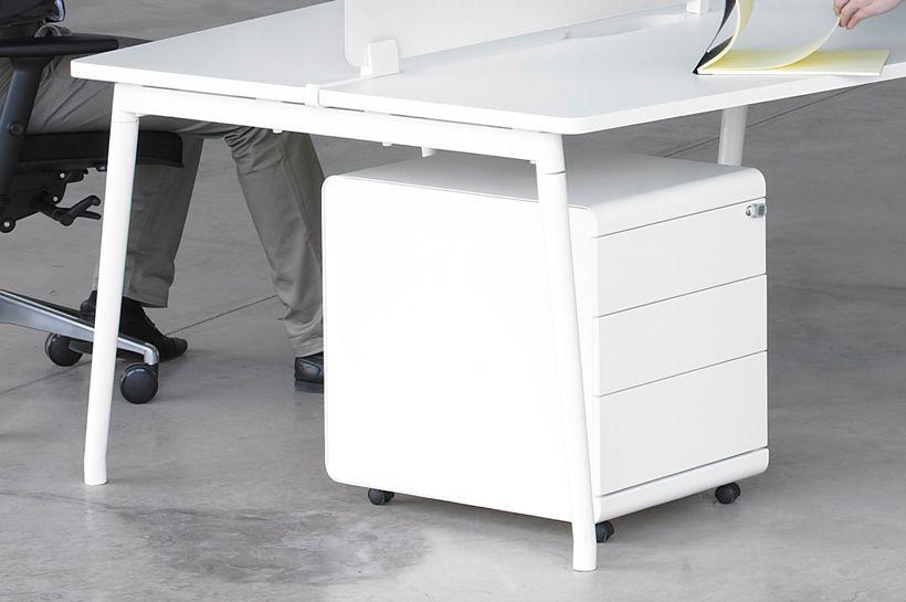 diseo-muebles-de-oficina-escritorios-bloque-fresh-ofita-1