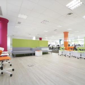 mobiliario-de-oficina-diseno-mesas-sillas-espacios-de-trabajo-ofita-raet_L