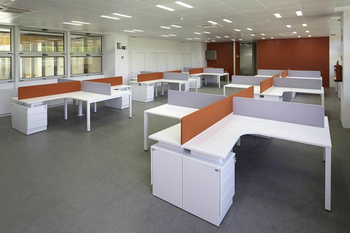 Buscas muebles de oficina en madrid descubre los for Muebles de oficina vitoria