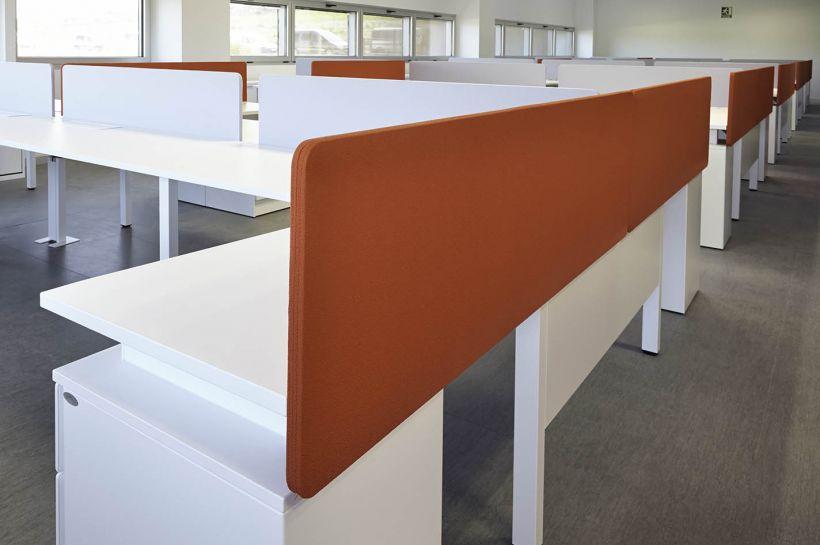 mobiliario-oficina-diseno-muebles-de-oficina-paneles-separadores ...