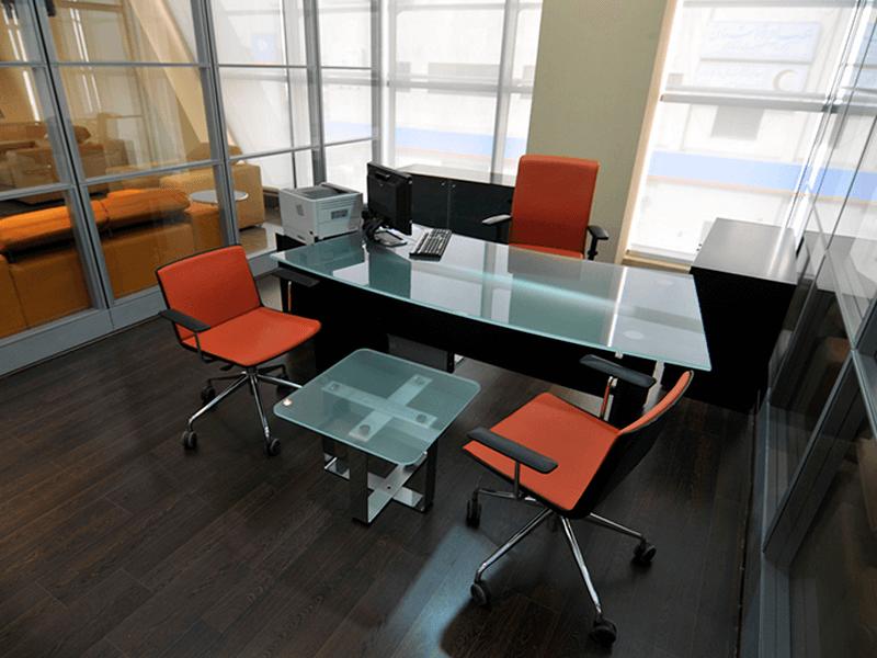 ¿En qué parte de la oficina se debe entrevistar a los candidatos a un empleo?