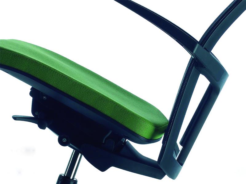 Ergonomía: qué es y por qué es importante a la hora de elegir el mobiliario de tu oficina